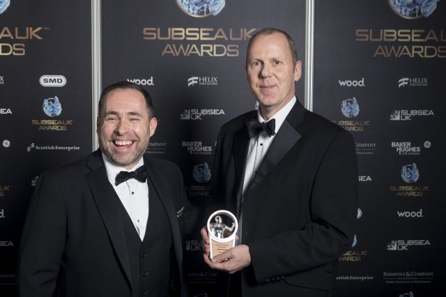 David Rennie, Head of Oil and Gas at Scottish Enterprise presents STATS Chief Executive Officer Leigh Howarth with Global Export Award