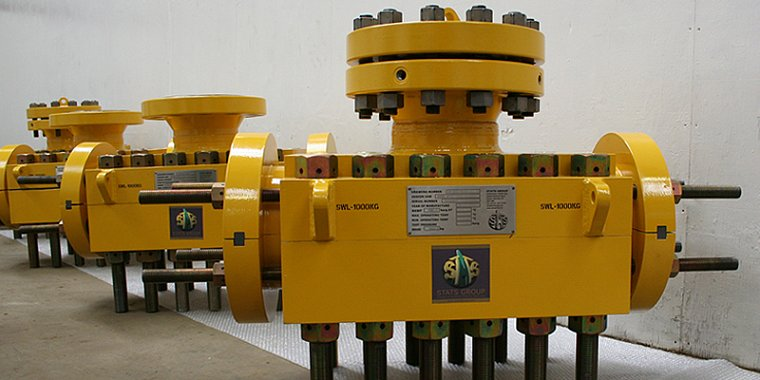 mechanical hot tapping fitting subsea