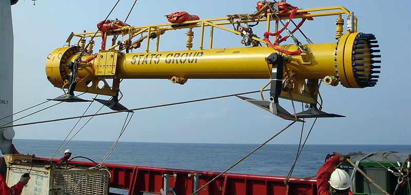 Subsea Flangeless Plug Launcher